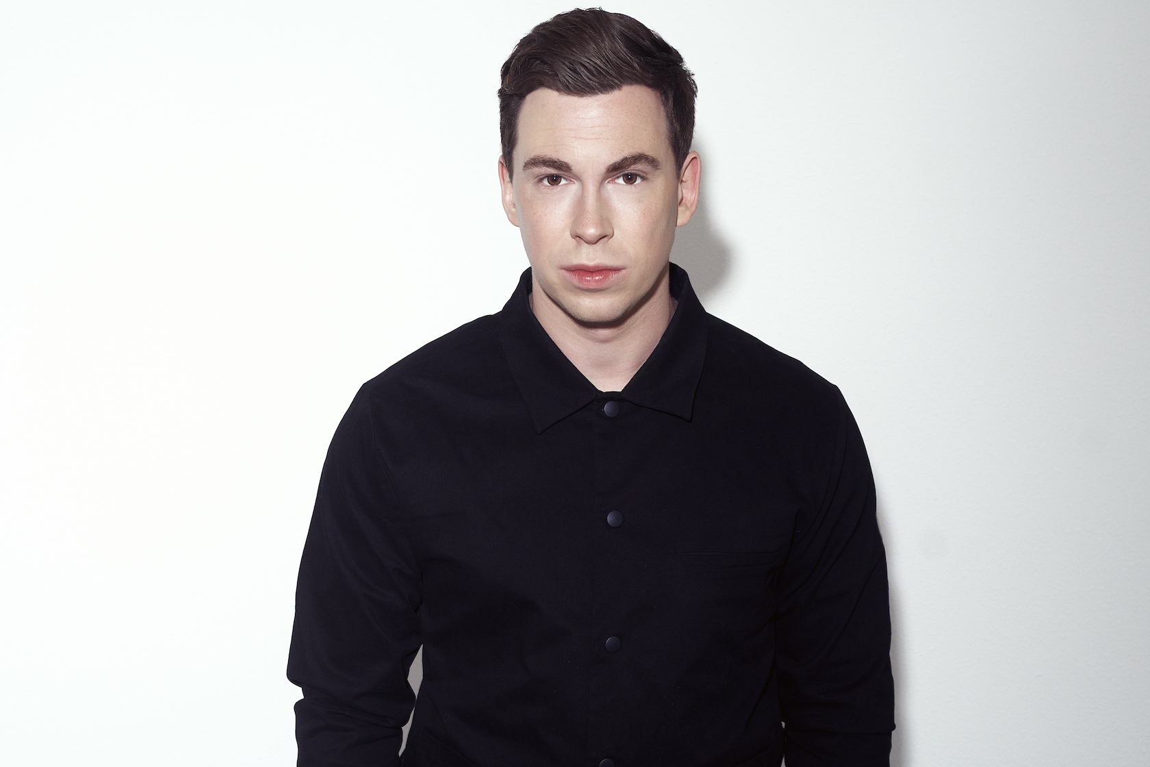 Hardwell's back with WhatsApp! We look back at some of his other tech innovations..